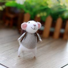 Needle Felted Felting Wool Animals Gray Cute Backpack Mouse | Feltify