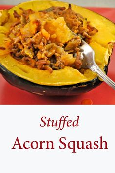 Stuffed Acorn Squash, with ground beef and yellow tomatoes (you can use red). An easy, fall, main course for two. #StuffedAcornSquash #AcornSquashRecipes #WinterSquashIdeas #CookingForTwo Yellow Tomatoes, Acorn Squash Recipes, Chili Powder, Ground Beef, Curry, Paleo, Dishes, Autumnal, Cooking