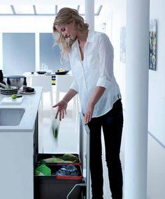 Afvalsysteem voor opgeruimde keuken