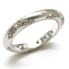 Sweet detailed ring
