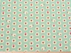 バッグ、雑貨小物の制作に、ヒツジ柄コットンオックスプリント(サックスブルー) 110cm巾 綿100% - そーいんぐ・すていしょんコミニカ