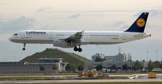 Un avion de Lufthansa debe esquivar tres drones durante su aterrizaje en Bilbao - http://www.hwlibre.com/avion-lufthansa-esquivar-tres-drones-aterrizaje-bilbao/