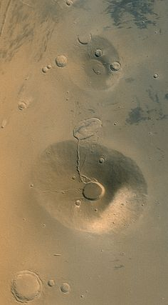 Volcanoes Ceraunius Tholus and Uranius Tholus (Mars) Jupiter Moons, Astrophysics, Volcanoes, Space Exploration, Milky Way, Solar System, Astronomy, Galaxies, Planets