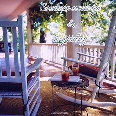 would so love a veranda like this! Southern Comfort, Southern Belle, Southern Living, Country Living, Country Life, Southern Charm, Southern Hospitality, Outdoor Spaces, Outdoor Living