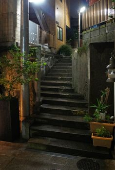 Japan Architecture, Beyond Beauty, Landscape Concept, Photo Composition, Night Aesthetic, Japanese Aesthetic, Building Exterior, Japanese Streets, Historical Art