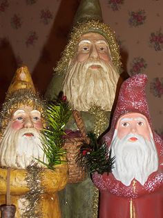 Three serious Belznickles wait patiently for Christmas.