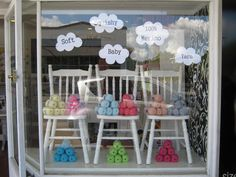 yarn shop window displays | Big box Small box