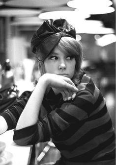 Pattie Boyd, fotografiada por Eric Swayne, 1964 #camperbabe #vintagecamp