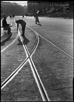 Kinszki Imre Budapest Baross tér 1933 Budapest, Railroad Tracks, Train Tracks