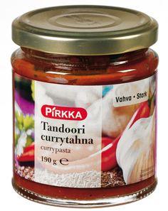 Pirkka tandoori currytahna on vahva ja mausteinen intialainen maustetahna ruoanvalmistukseen. Kokeile esimerkiksi broilerin kanssa.