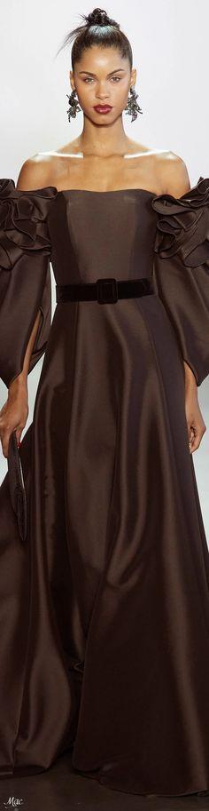Fall 2020 RTW Badgley Mischka Catwalk Fashion, Fashion 2020, High Fashion, Glamour, Brown Fashion, Badgley Mischka, Couture Fashion, Fashion Boutique, Evening Gowns