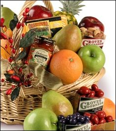 Our Grand Fruit Goodness Carepack has something for everyone & arrives fresh from the grove, naturally delicious.