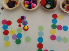 An idea on Tuesday: Letter Recognition with the light table Preschool Names, Name Activities, Preschool Kindergarten, Alphabet Phonics, Alphabet Art, Pre Writing, Letter Recognition, Early Literacy, Light Table