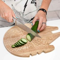 This Millennium Falcon cutting board — $29.99