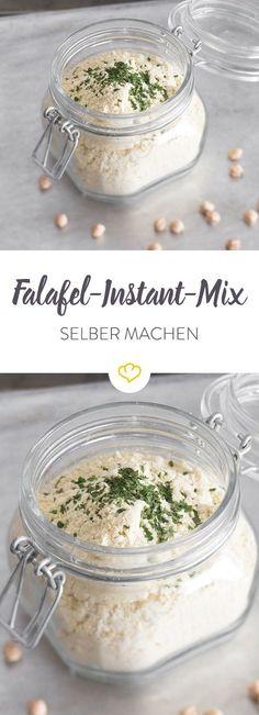 Du hast Lust auf Falafel? Mit diesem Falafel-Instant-Mix sind die kleinen Bällchen in Windeseile zubereitet. Wasser und Limettensaft dazu - fertig!