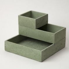 Chen Williams . brutalist stack box