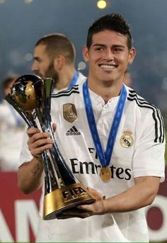 football is my aesthetic Good Soccer Players, Soccer Fans, Football Soccer, Soccer Trophies, James Rodriguez, Real Madrid, World Cup Trophy, Club World Cup, Football Is Life
