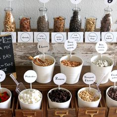 HOW-TO: Create a Trail Mix Bar at Your Wedding - Creative and Fun Wedding Ideas Made Simple A trail mix bar is definitely a popular wedding trend nowadays for casual, rustic-themed receptions Wedding Snack Bar, Wedding Appetizer Bar, Candy Bar Wedding, Desert Bar, Fall Wedding Cakes, Fall Wedding Desserts, Before Wedding, Marshmallows, Wedding Catering