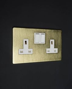 gold-&-white-double-socket