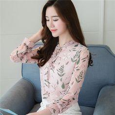 Chiffon Shirt, Print Chiffon, Office Fashion Women, Office Ladies, Long Blouse, Blouse Styles, Ladies Dress Design, Gorgeous Women, Sleeve Styles