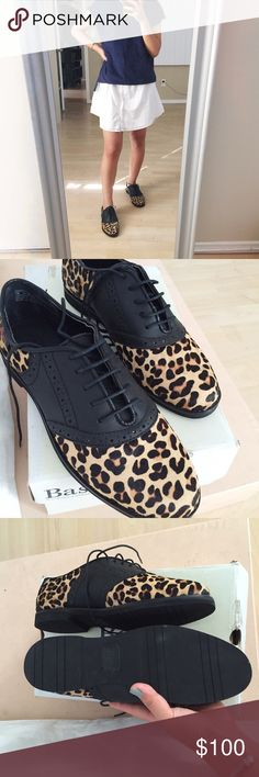 ✔️NWOT cheetah oxfords New without tags: cheetah oxfords •good quality shoes in size 7 medium true to size •leather upper with a 1/2 inch heel •foam cushion for a comfortable wear •cheetah print shoes are still hot and can be in style if worn with the right basics!! They are worn by a lot of fashionistas like sincerely jules see last pic! Bass Shoes Sneakers