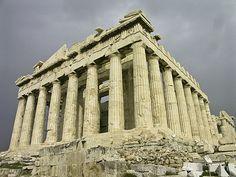 GRIEKENLAND     447 BC HET PANTHENON  Athene Griekenland // Deze aan de godin Athene gewijde tempel van de Dorische orde is de soberste van de drie .Ionische en Corintische orde