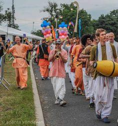 Travel Adventures of a Krishna Monk.  Diary of a Traveling Sadhaka by Krishna-kripa das – New York City Harinam, Albany. (Sent …