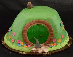 Hobbit cake by jennywenny, via Flickr