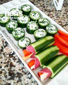 Cucumber Stuffed # Salatalıkdol be the the Wasabi Recipes, Class Snacks, Healthy Christmas Recipes, Charcuterie And Cheese Board, Christmas Snacks, Brunch, Diet And Nutrition, Cucumber, Food And Drink