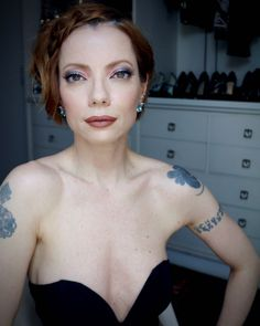 Julia Petit maquiagem colorida para festa