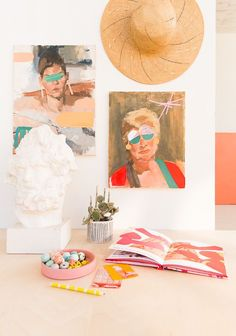 Learn how to make DIY mixed media artwork by embellishing existing pieces with hand painted collage pieces, etc. Mirror Crafts, Diy Bar, Do It Yourself Crafts, Mixed Media Artwork, Tapestry Design, How To Make Diy, Cool Artwork, Amazing Artwork, Art Furniture