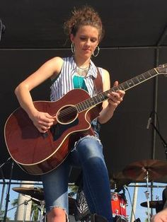 Maggie Baugh | EP review: Heck of a Story, Maggie Baugh - Queens of Country
