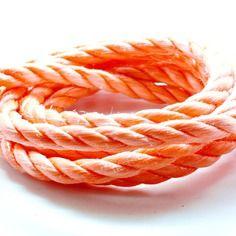 Coupon de 10 mètres de corde nylon 3 brins orange 10 mm