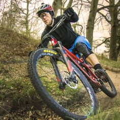 8c41671122e9 View clearly and enjoy off-road cycling by wearing Wiley x safety glasses.  The