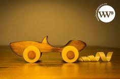 Mira este artículo en mi tienda de Etsy: https://www.etsy.com/es/listing/243063540/coche-de-madera