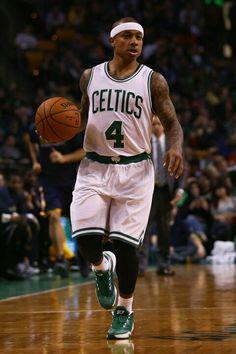 Iasiah Thomas Boston Celtics /Traded to Clevland Basketball Is Life, Basketball Funny, Basketball Legends, Basketball Players, Isaiah Thomas Celtics, He Got Game, Celtic Pride, Boston Strong, Nba Sports