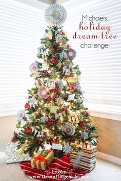 Beautiful Christmas Tree in red, green, turquoise and silver/gold with glitter and handmade crafts, made using supplies from @Michaels Stores  #MichaelsTrees #Christmas #MichaelsHolidayDreamTreeChallenge