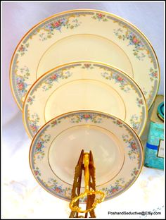 Royal Doulton The Romance Collection JULIET graduated china plates three tier cake stand... #RoyalDoulton #TheRomanceCollection #Julietchinapattern #RomeoandJuliet #threetiercakestand #chinaetagere #vintagechina #graduatedplates #tieredplatestand #floralchina #Englishcreamware #exquisitechina #afternoontea #Shakespeare #romantic #creamporcelain #Victoriantea #cupcakestand #hightea #creamtea #Englishtea #Victoriancakestand #Weddingcake #Weddingcakestand #Valentines #Lovegift #Anniversary #plates Dinner Table, Dinner Plates, Starter Plates, Tiered Stand, Royal Doulton, Vintage China, Love Gifts, Wedding Table, Tier Cake