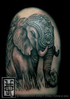 Tatouage Réaliste Elephant par Jo Harrison