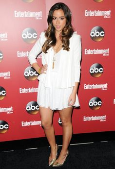 Image from http://www.aceshowbiz.com/images/wennpic/chloe-bennet-entertainment-weekly-and-abc-tv-upfronts-party-03.jpg.