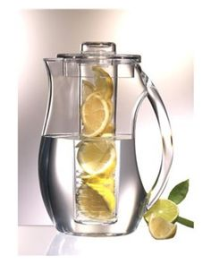 fruit infusion pitcher - I need this, how refreshing!