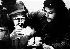Fidel Castro and Che Guevara: photo by Roberto Salas, January 1959
