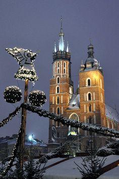 Missing Poland, my home away from home - St. Mary's Basilic, Kraków, Poland
