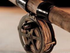 La elección de la longitud de nuestras cañas de #pescar a #mosca.  En los últimos años la afición a la pesca con mosca no ha parado de crecer de manera exponencial, y sin duda las cañas de pescar a mosca como en casi todas las modalidades son una parte fundamental de nuestro equipo. Estas #cañas varían en tamaño, pero suelen estar entre los dos y los tres metros y medio. Lee más: http://www.materialparapesca.com/blog/articulos/la-eleccion-de-la-longitud-de-nuestras-canas-de-pescar-a-mosca/