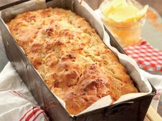 Hierdie brood maak jy in 'n japtrap en jy kan dit voorsit saam met braaivleis of met...