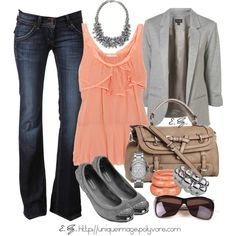 I really love how coral and grey look together (thanks to this outfit for showing me haha)... This is beautiful!