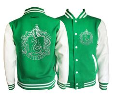 Vintage style Harry potter Inspired Slytherin House varsity jacket with silver emblem in front and back. by iganiDesign on Etsy < I'd prefer black sleeves Harry Potter Mode, Deco Harry Potter, Harry Potter Cosplay, Harry Potter Merchandise, Harry Potter Style, Harry Potter Outfits, Harry Potter Universal, Harry Potter Characters, Harry Potter Kleidung