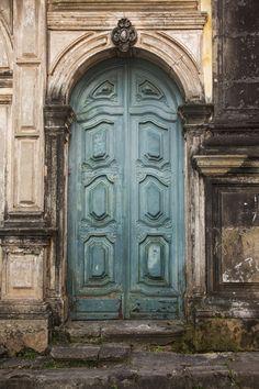 1372 Blue Doors
