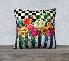 Large Cushion Covers, Cushion Cover Designs, Floral Cushions, Colourful Cushions, Vintage Flowers, Vintage Floral, Cool Chairs, Cotton Pillow, Pillow Covers