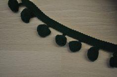 Borten & Bänder - Pomponband dunkelgrün - ein Designerstück von Kruemel-Design bei DaWanda